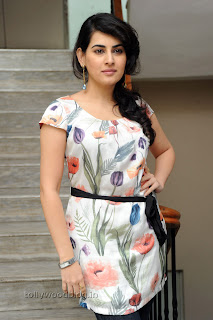 Archana Latest Gorgeous Looking Pictures 007.jpg