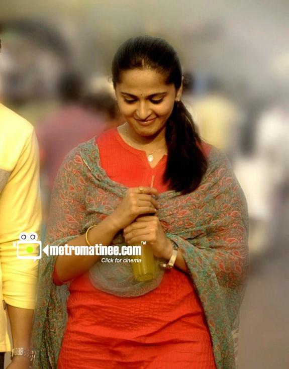 Irandam Ulagam Full Movie Watch Online Thiruttuvcd