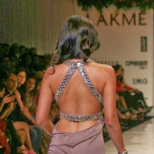 Malaika Arora Khan without wearing her bra on ramp backless walk