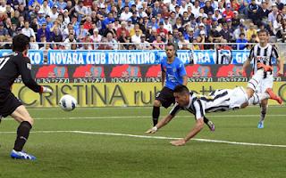 أهداف مباراة اليوفي و نوفارا 4-0 في الدوري الايطالي 29-4-2012