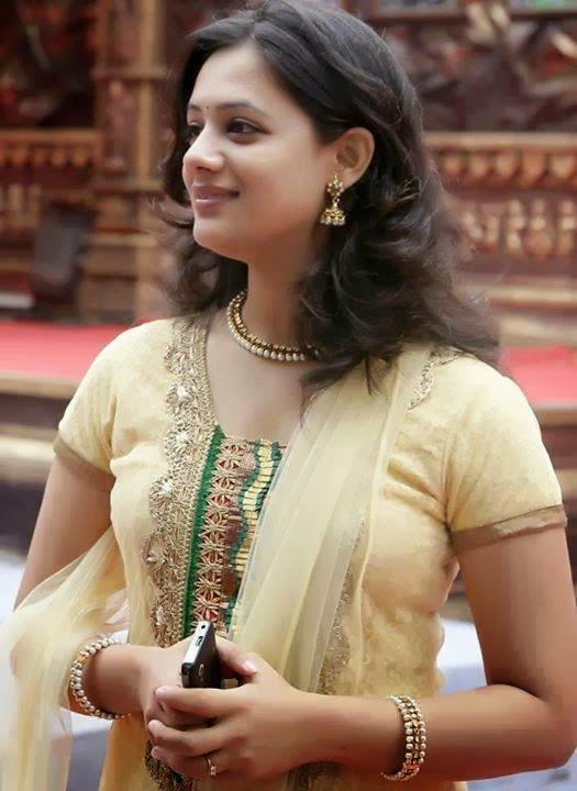 Spruha Shirish Joshi Photos1