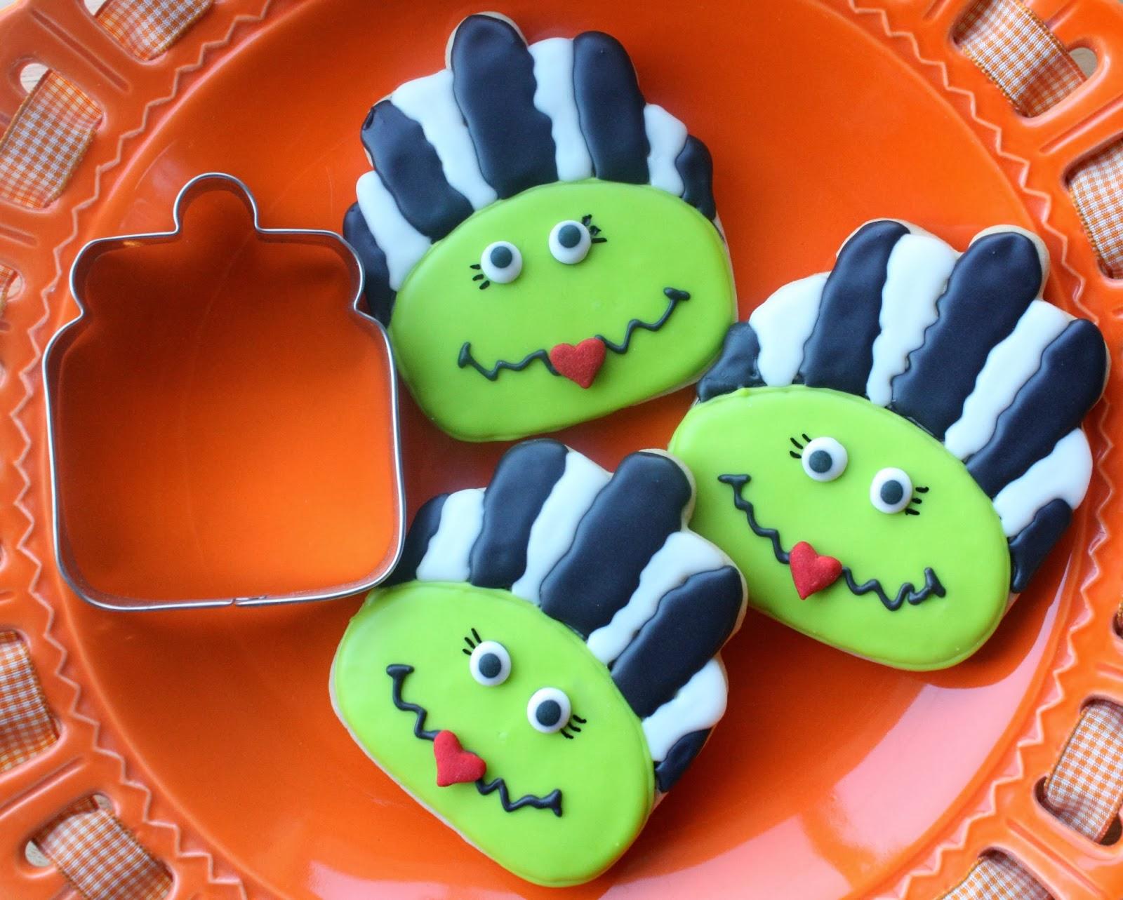 Munchkin Munchies Bride Of Frankenstein Cookies Via A Cookie Jar Cutter