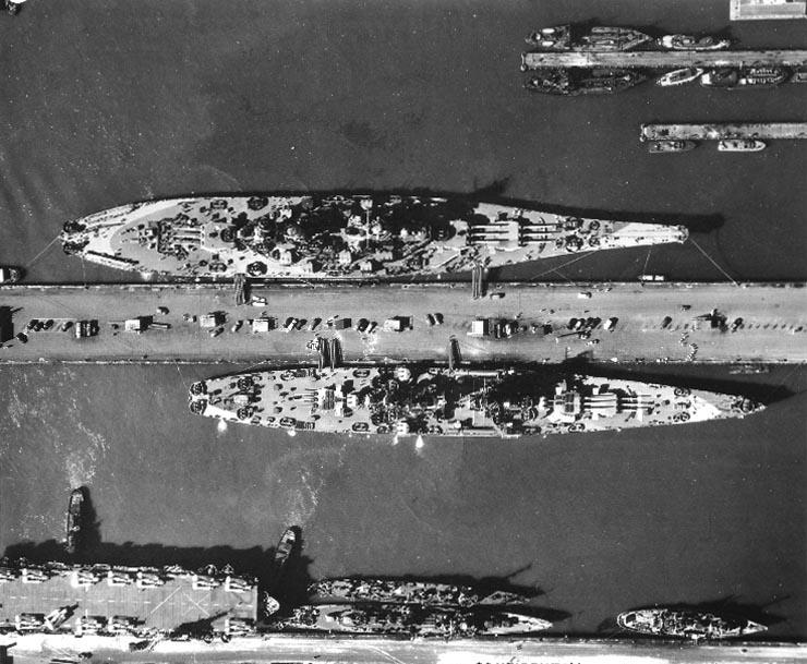 USS+Alaska+and+Missouri+at+NOBi.jpg