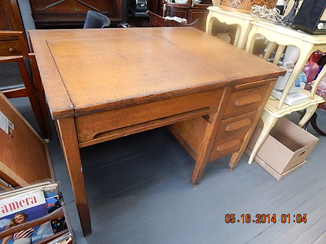 13909 antiques this is why you should buy antique furniture for We buy old furniture