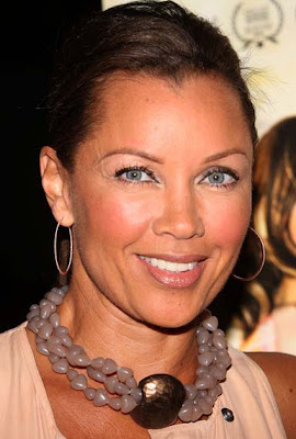 Vanessa Williams Gold Hoop Earrings