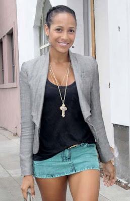 Dania Ramirez Layered Gold Necklace