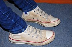 Die Schuhe von Aschenputtel... :) (Oder die Chucks von Aschenputtel...?^^)