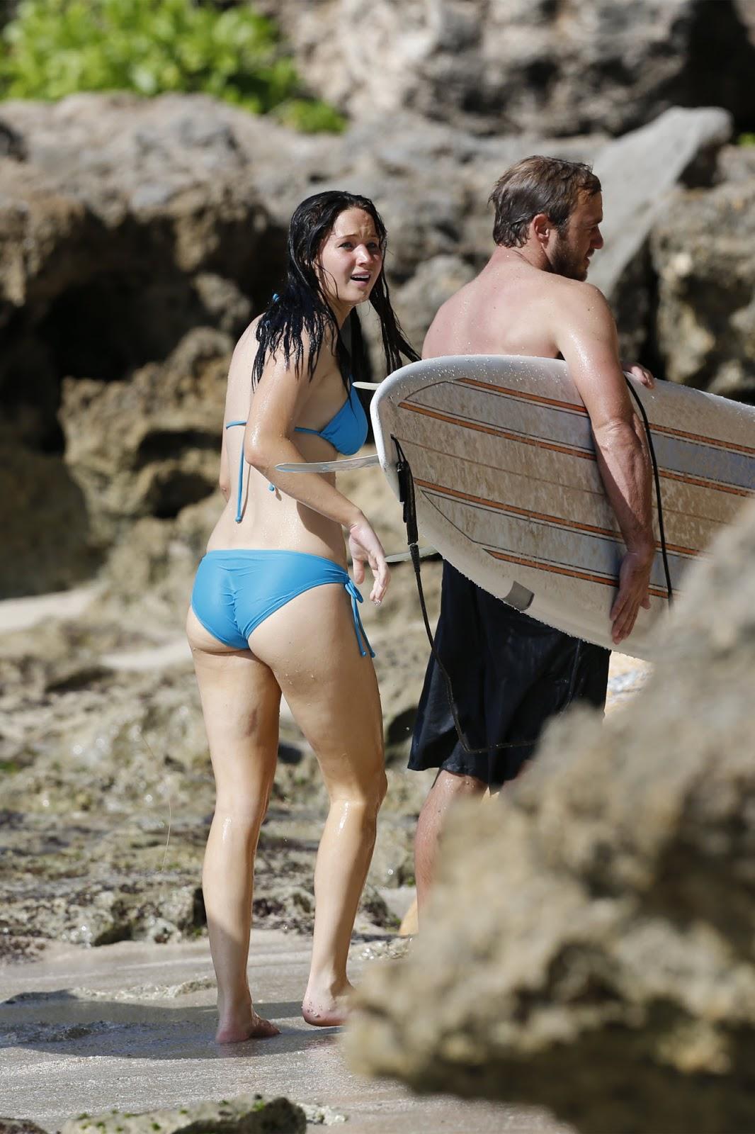 ~Picx~: Jennifer Lawrence Bikini Candids & Ass Shot at a ... анджелина джоли рост