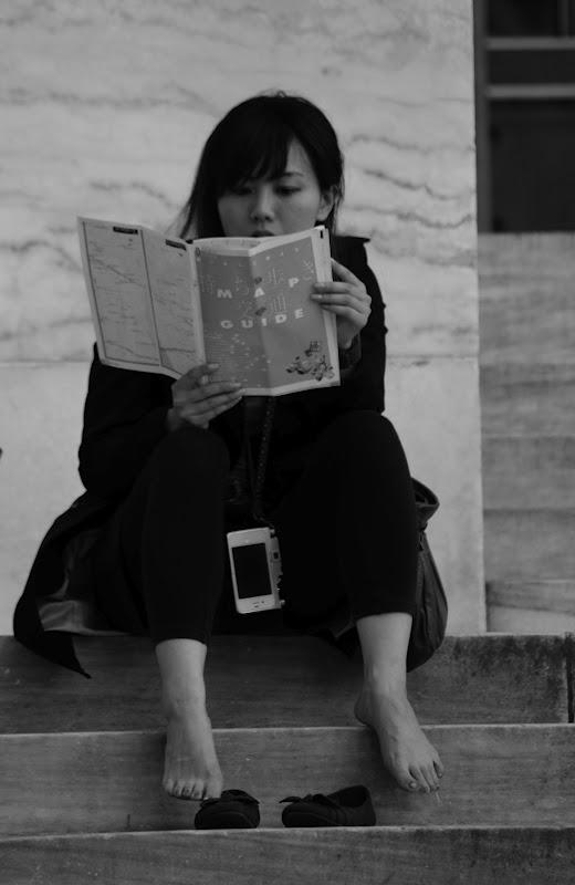 Steven R Mcqueen Barefoot Barefoot reader