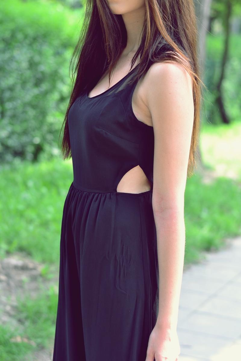 dluga czarna sukienka
