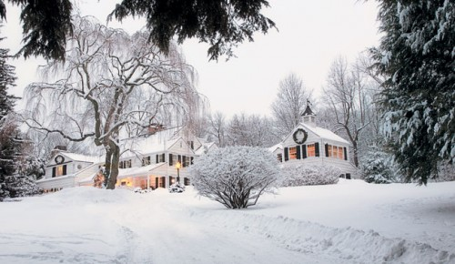 Driving Up To The Quaint But Understated Country Home Might Look Like This CTcottages And Gardens