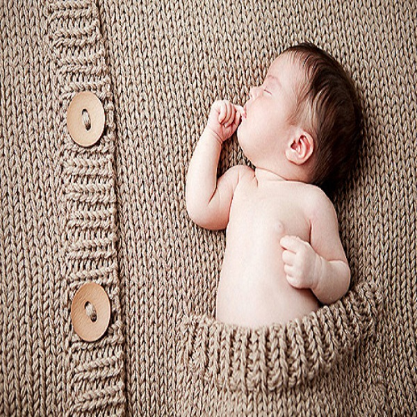 Photo bébé dans poche