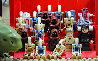 Una fotografía de algunos de los protagonistas del segundo brickómic.
