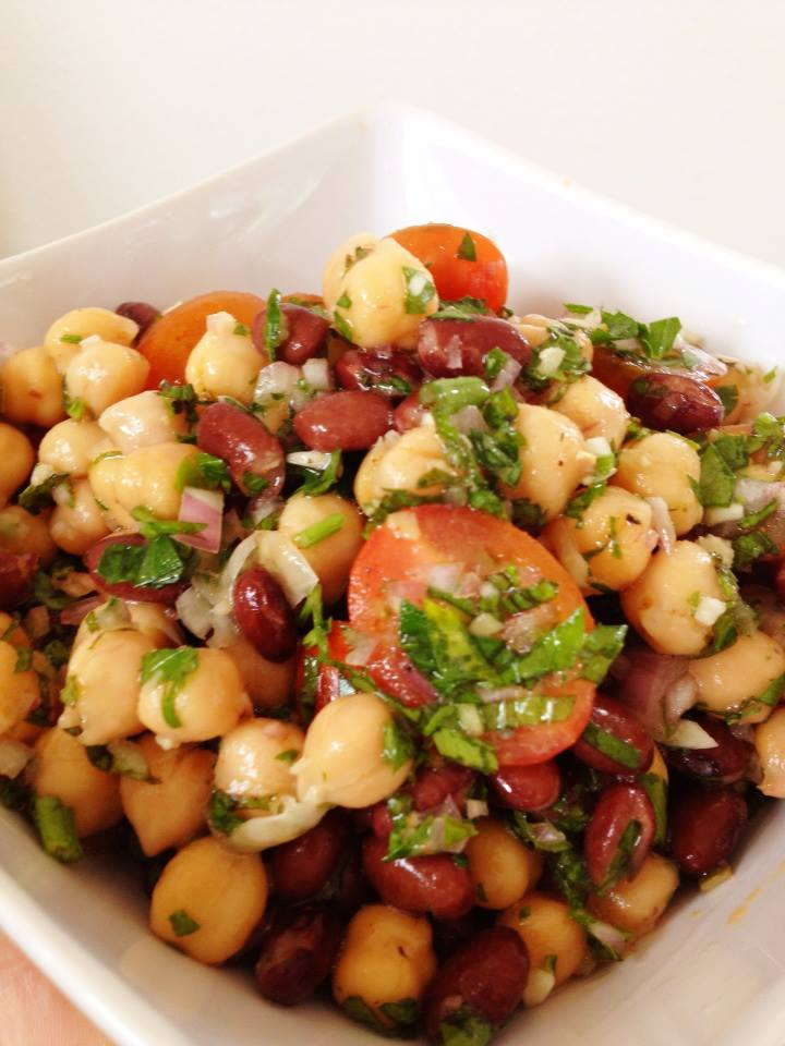 Insatiably Epicurious...: Middle Eastern Chickpea Salad (Balela)