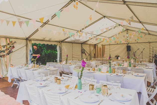 Banderines para decorar carpas something blue bodas - Decoracion de carpas para bodas ...