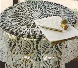 "Mantel Redondo ""Pavo Real"" a Crochet"