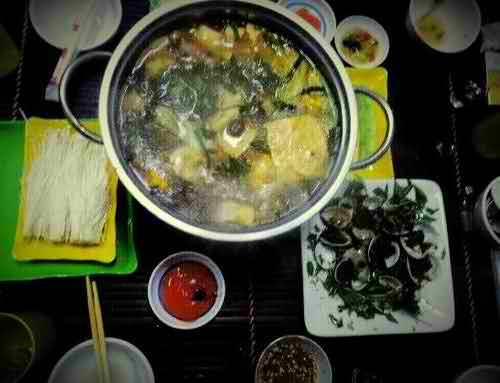 Ngon, lạ lẩu xiên 20,000 đồng tại Anh Em Quán, quán ăn ngon Hà Nội, địa điểm ăn uống 365
