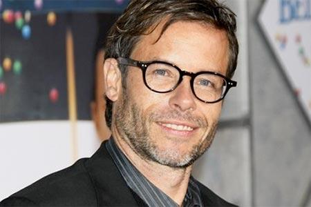 Latest Hollywood Actor Guy Pearce desktop HD wallpapers 2012