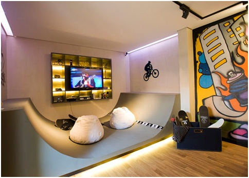 SKATEBOARDING BEDROOMS FOR TEENAGERS - SKATE AND GRAFFITI ENTHUSIASTS