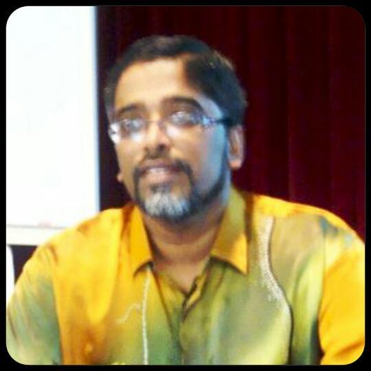 TN. HJ. KAMARUL ZAMAN BIN NOOR MOHAMED ( PENYELIA PETANG)