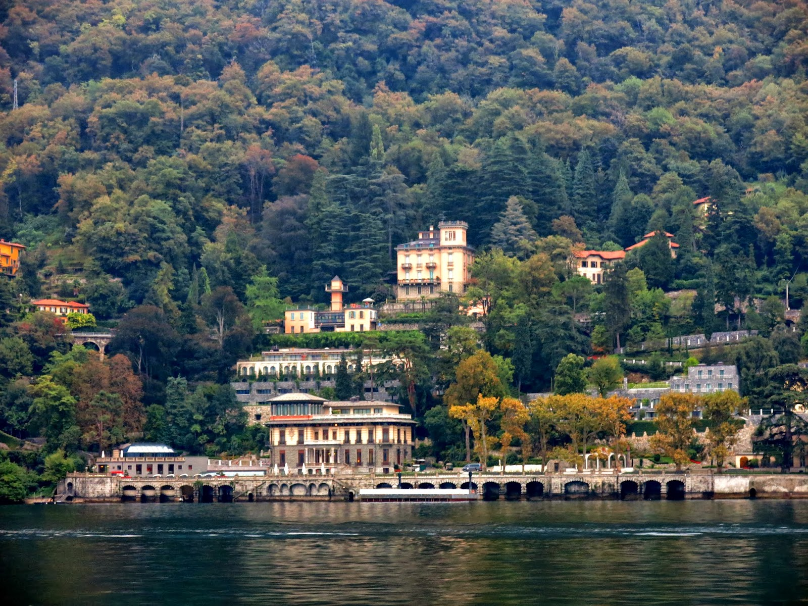 how to go from milan to lago di como