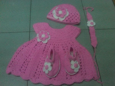 HANDMADE CROCHET SET.... CUSTOMADE FOR YOUR BABY....