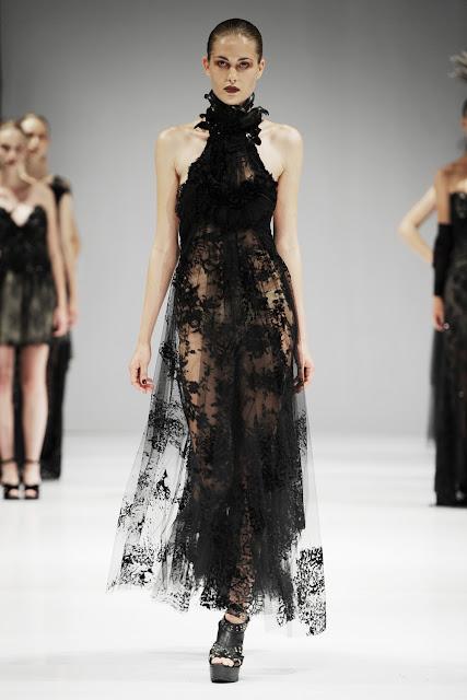 32 - Trash Couture 2012 �lkbahar Yaz Modas�