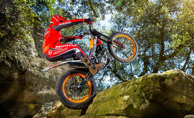 http://motorcyclesky.blogspot.com/wp-content/uploads/2014/07/072814-2015-honda-COTA-4RT260_Repsol.jpg