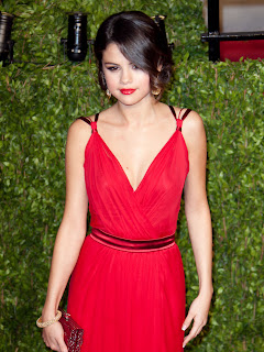 Selena Gomez hot sexy in red dress 2013