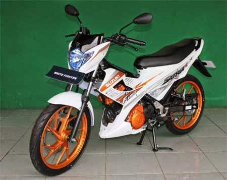 gambar Suzuki Satria White Fighter 2015
