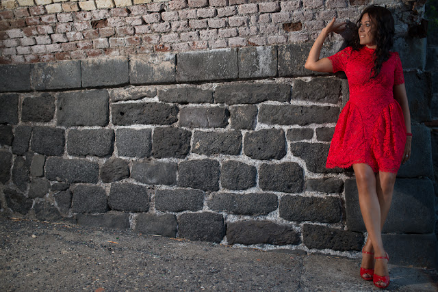 http://www.choies.com/product/red-short-sleeve-lace-overlay-skater-dress_p46779?cid=7092jesspai