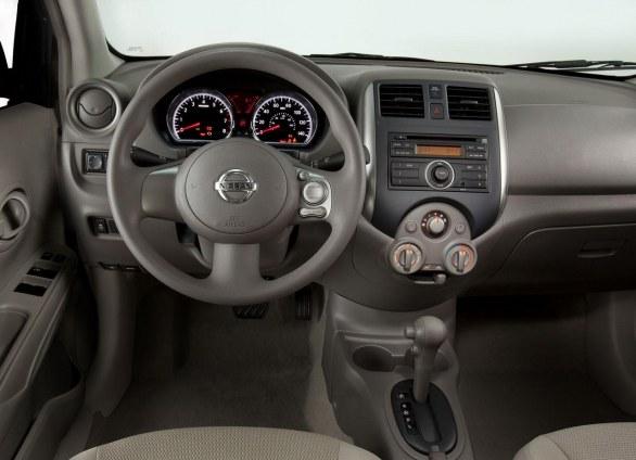 2013 Nissan Sentra Fe S >> WWW.EMOCIONALVOLANTE.BLOGSPOT.COM: NISSAN VERSA A LA VENTA EN MEJICO (ARTICULO ARREGLADO)