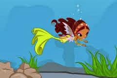 Winx Yüzme Hocası Giydirme Oyunu
