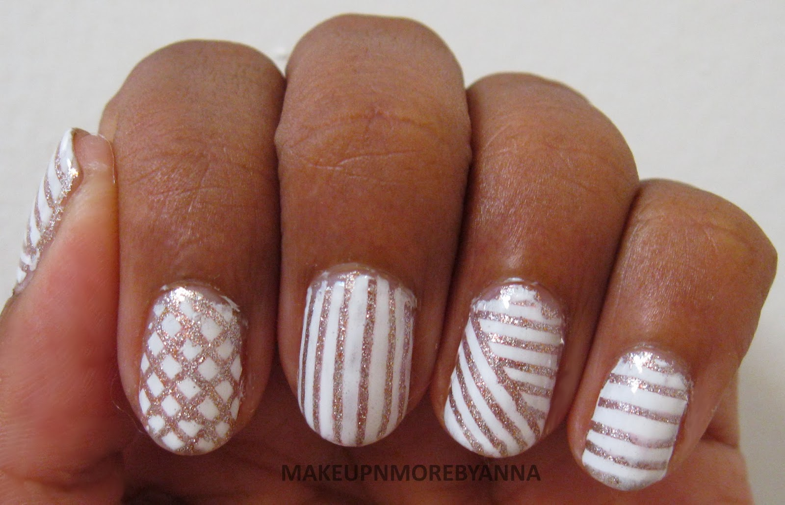 Displaying 19> Images For - Silver And White Nail Designs...