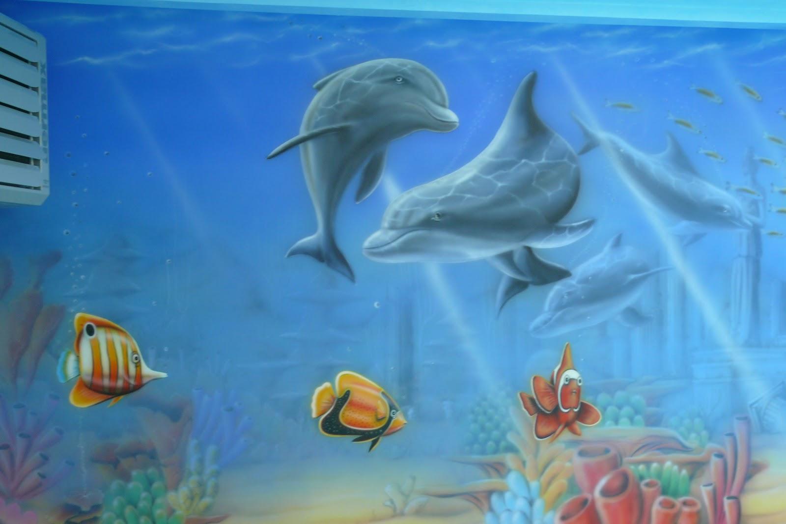 Malowanie ścian na basenie, mural ścienny 3D, malowanie rybek na ścianie