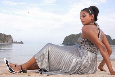 priyamani spicy hq latest photos