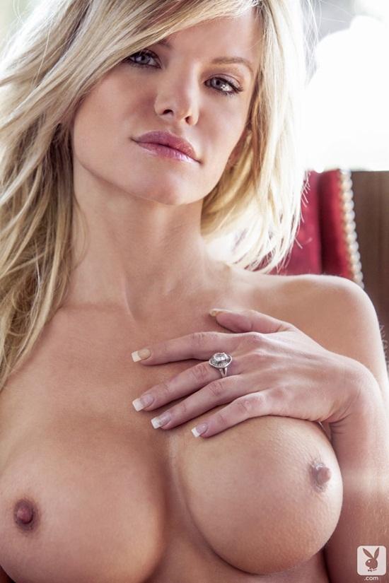 A modelo Lindsey Knight foto 4