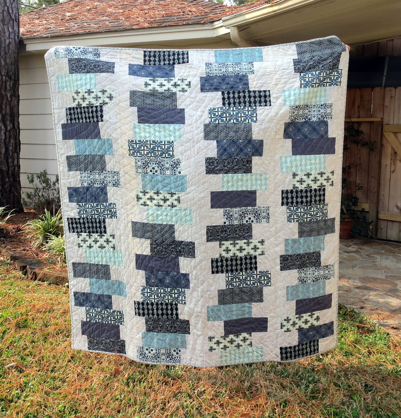 Easy Quilt Patterns For Guys : Totally Tubular Stacked Block Quilt & Tula Pink Book Giveaway - The Cottage Mama