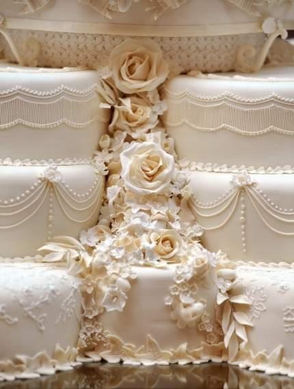 prince william and kate wedding cake. Wedding Cake Prince William