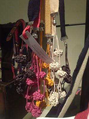 Carla Busularo Joyería Textil