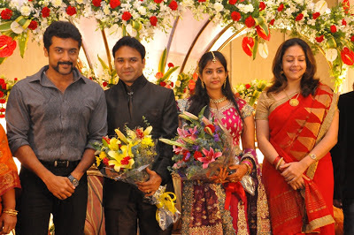 Labels: Surya Jo stills , Surya Jyothika Latest Photos