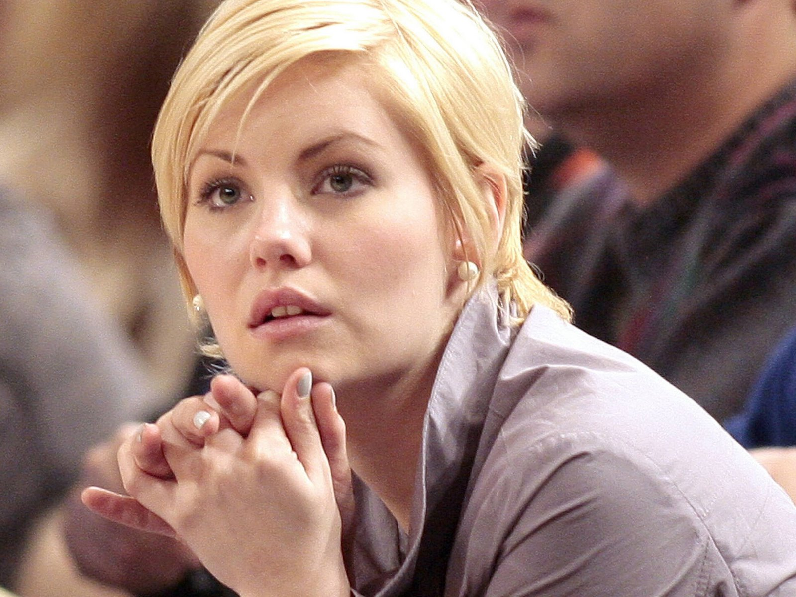 Elisha Cuthbert Profile Images | Hollywood Stars
