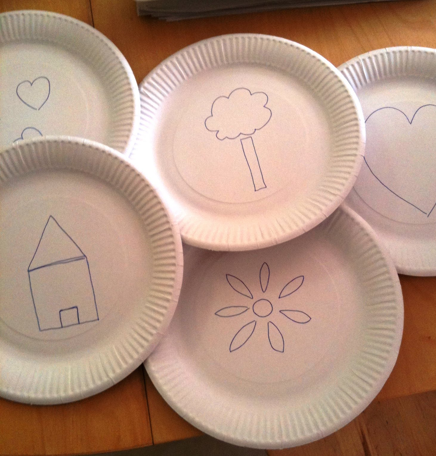 Paper Plate Stencils & A Little Learning For Two: Paper Plate Stencils