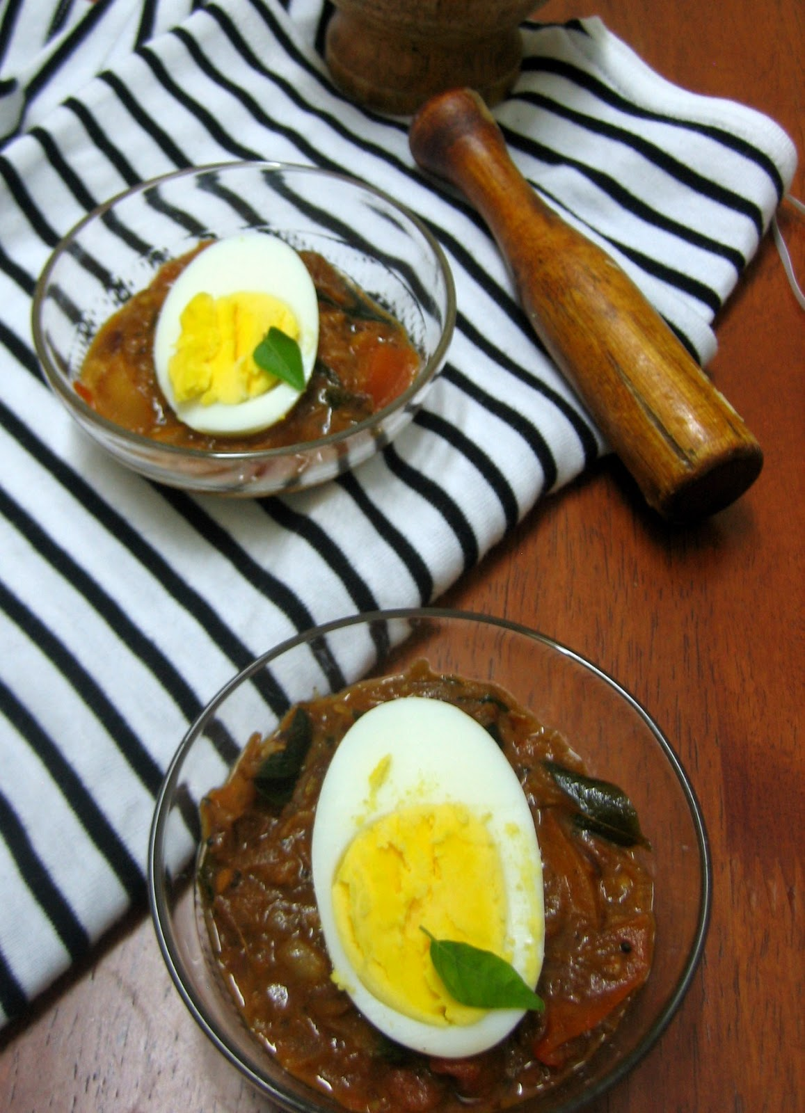 egg curry kerala style 2