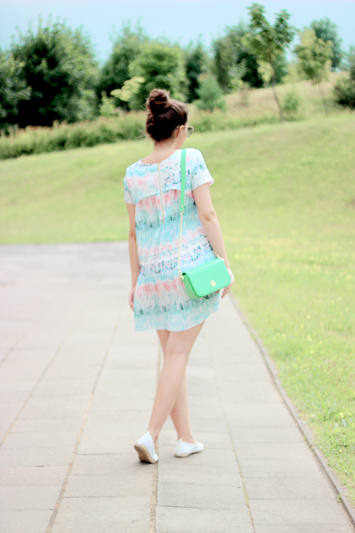 Vessos dress fashion blogger