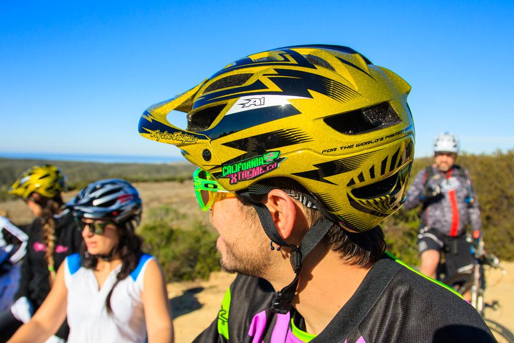 潮流資訊: Troy Lee Designs A1 AllMountain Helmet A1安全帽