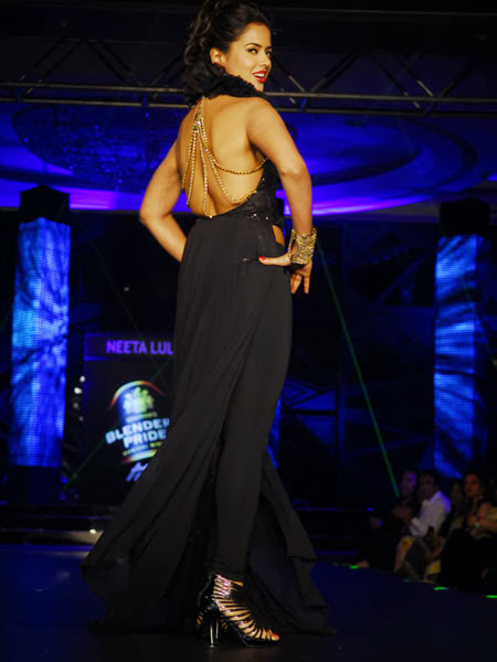 Sameera Reddy Backless hot pics