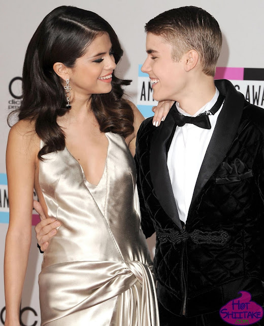 Justin Bieber and Selena Gomez AMA 2011
