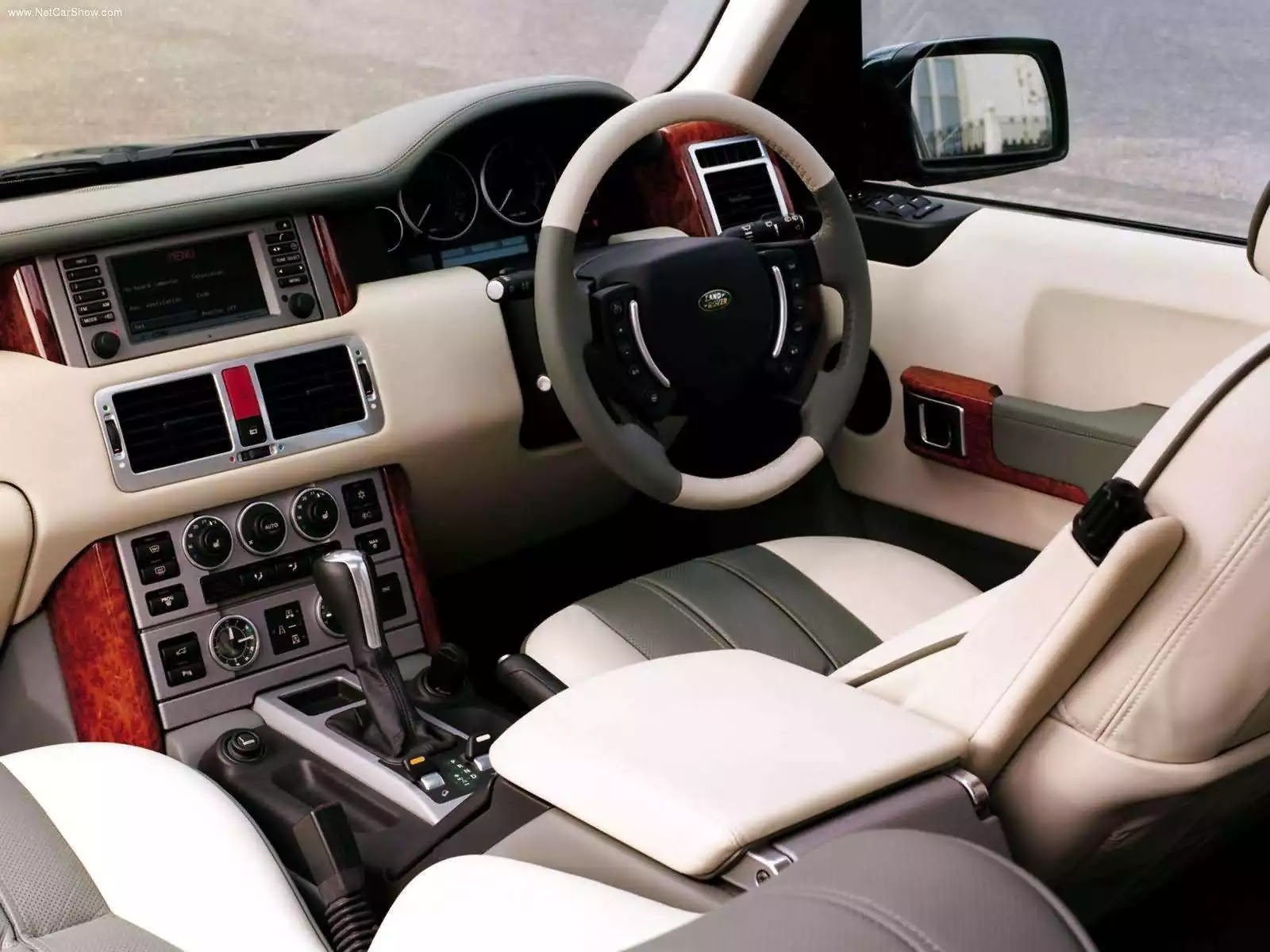Hình ảnh xe ô tô Land Rover Range Rover Autobiography 2004 & nội ngoại thất