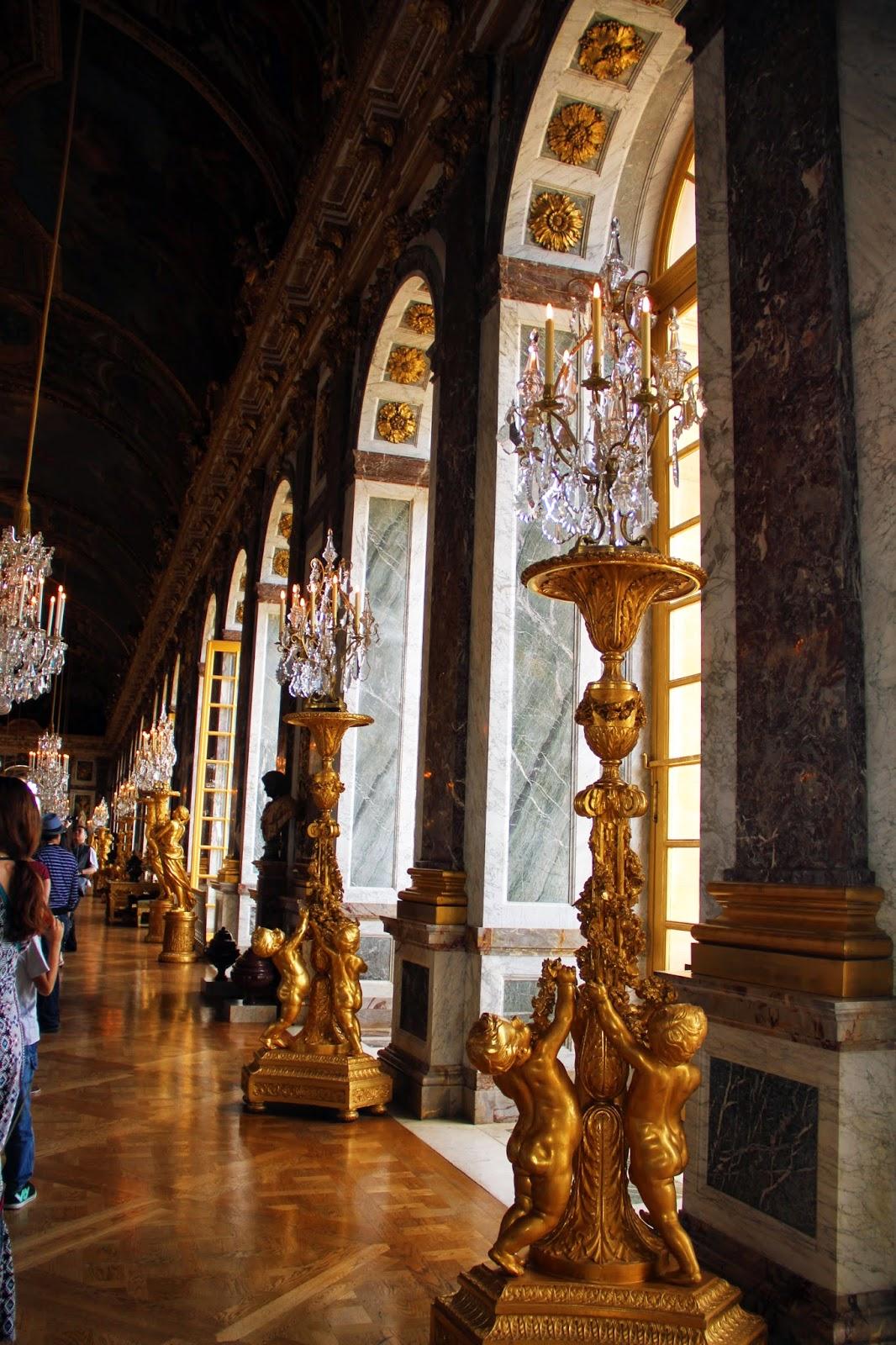 Зеркальный Зал Версаля
